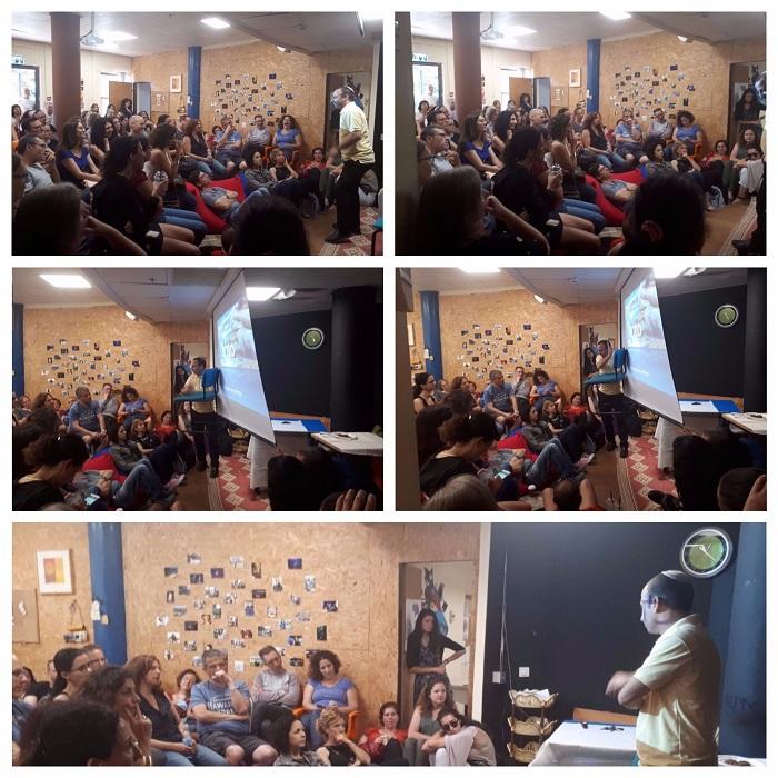 קבוצת הורים בהרצאה במועדון אוונגרד